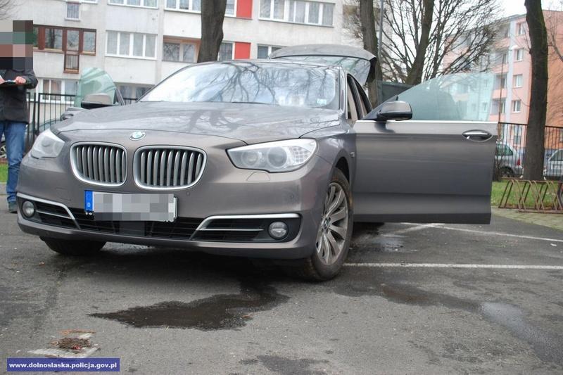 Odzyskali BMW owartości ponad 200 tys. złotych, skradzione zterenu Niemiec
