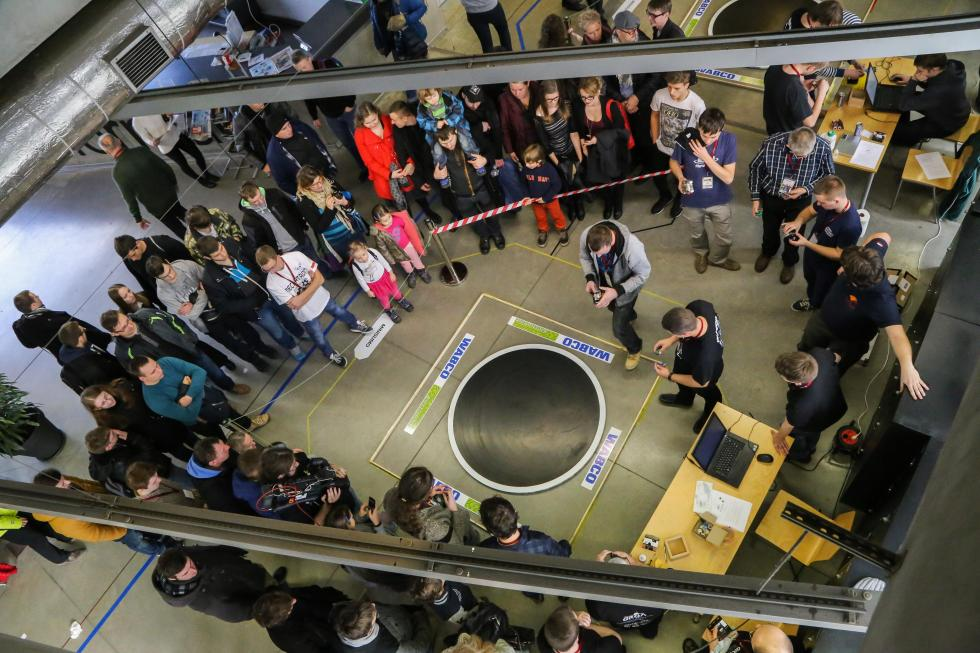 Walki robotów iwyścigi dronów – zapraszamy na Robotic Arena